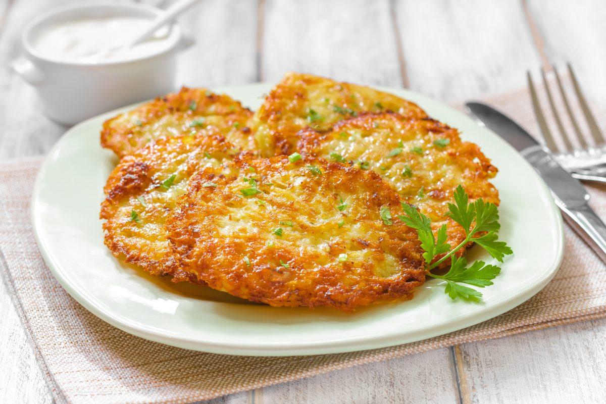 Картофельные драники пошаговый рецепт с с сыром